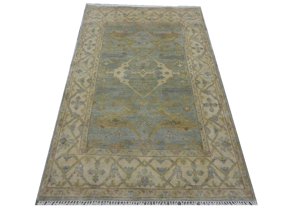 hand knotted carpets130
